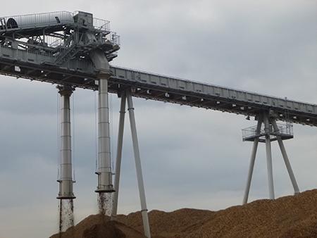 敦賀発電所向け 木質バイオマスチップ搬送用トリッパ式ベルトコンベヤ コンベヤ仕様